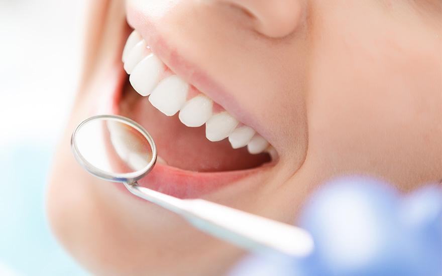 stomatolog implantologia